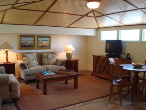 NAUPAKA BEAUTY COTTAGE - 1 Bedroom 1 Bath Oahu Vacation Rental