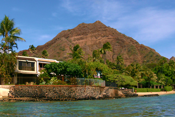 OCEAN'S EDGE TOO! - 3 Bedroom 3.5 Bath Oahu Vacation Rental